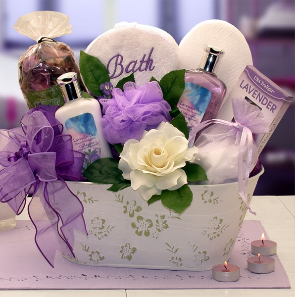 Elegance of Lavender: Luxury Spa Gift Basket