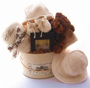 Fattamano Luxury Baby Gift Basket