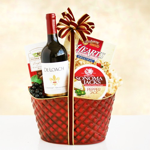 Festive Cheers Wine Gift Basket