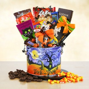 Halloween Trick or Treat Tin of Goodies
