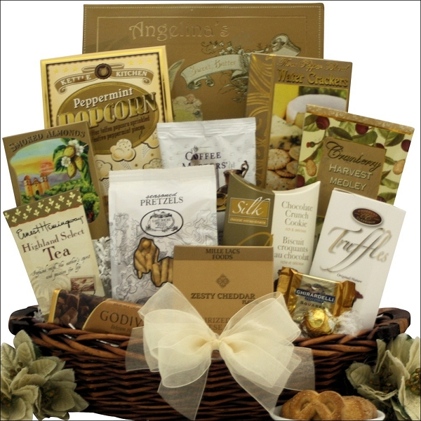 Holiday Elegance: Gourmet Holiday Christmas Gift Basket