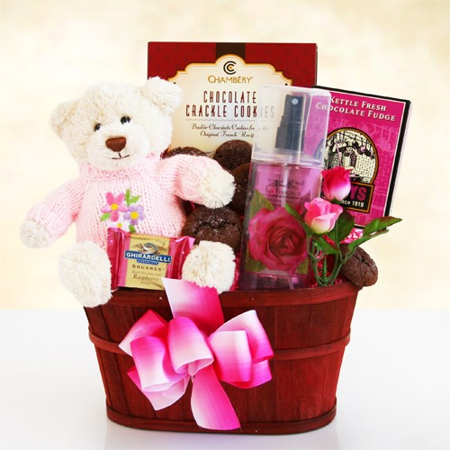 Hugs and Chocolate Gift Basket For Mom