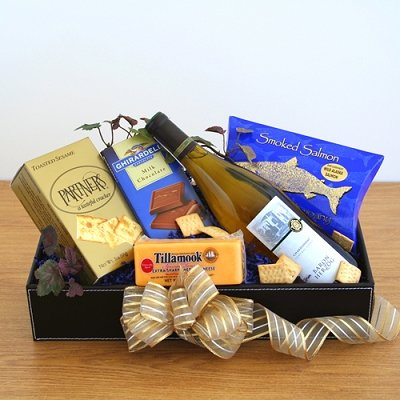 Kosher Style! Gourmet Wine & Cheese Gift Basket
