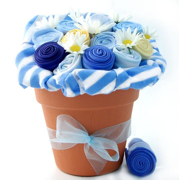 New Baby Blossom: Baby Boy Gift Bouquet (Blue)