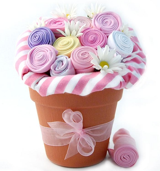 New Baby Blossom: Baby Girl Gift Bouquet (Pink)