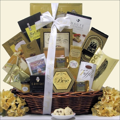 Sincere Gratitude: Deluxe Gourmet Thank You Gift Basket