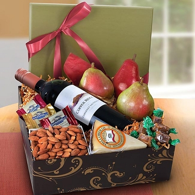 Sonoma Best Fruit Cheese & Wine Gift Box