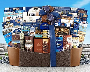 Best Of The Season: Upscale Food Gift Basket