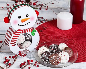 Dipped Peppermint Oreo Holiday Collection