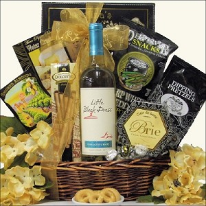 Diva Women's Birthday Wine Gift Basket