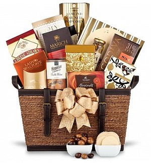 Gourmet Food Delicacies: Luxurious Gift Basket