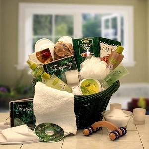 Grand Indulgence: Luxury Spa Gift Basket