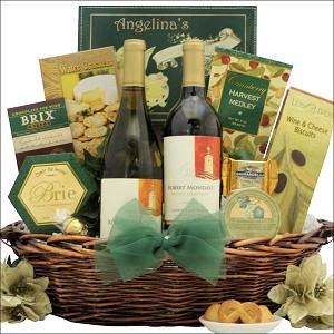 Holiday Duet: Wine Holiday Christmas Gift Basket
