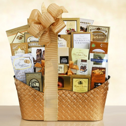 Golden Holiday: Gourmet Christmas Gift Basket
