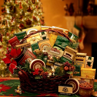 Holiday Gathering: Deluxe Gourmet Gift Basket
