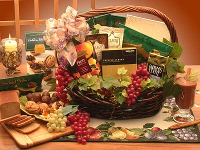 The Executive Kosher Gourmet Basket