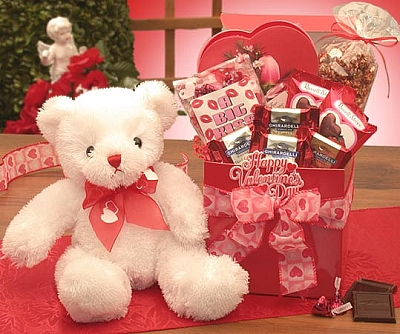 Valentines Day Bear & Basket Gift Set