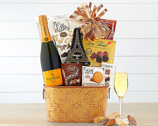 Deluxe Veuve Clicquot Champagne Gift Basket