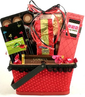 Hugs & Kisses Valentines Day Gift Basket