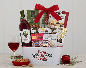 Merry & Bright White Zinfandel Wine Holiday Gift Basket